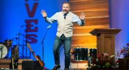 Mark-Driscoll-preaching-Easter-Mars-Hill-Facebook