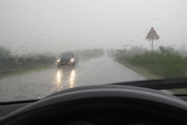rainy-driving
