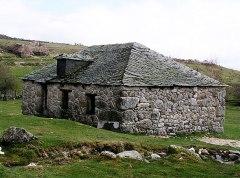 spain-stone-home